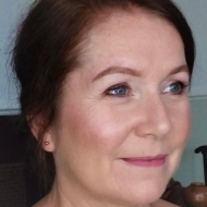 Linda Knowles